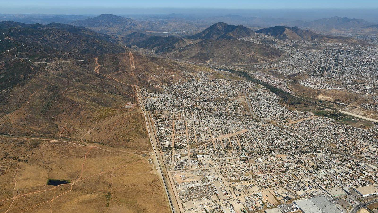 Border wall ends at Tijuana's outskirts