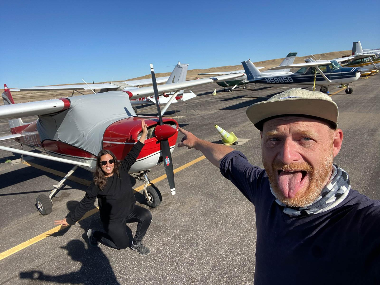 Friends aiplane!